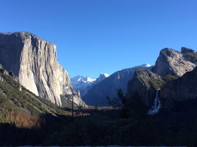 Yosemite as seen from Tunnel View lookout.