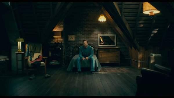 Ewan McGregor as Dan Torrance.